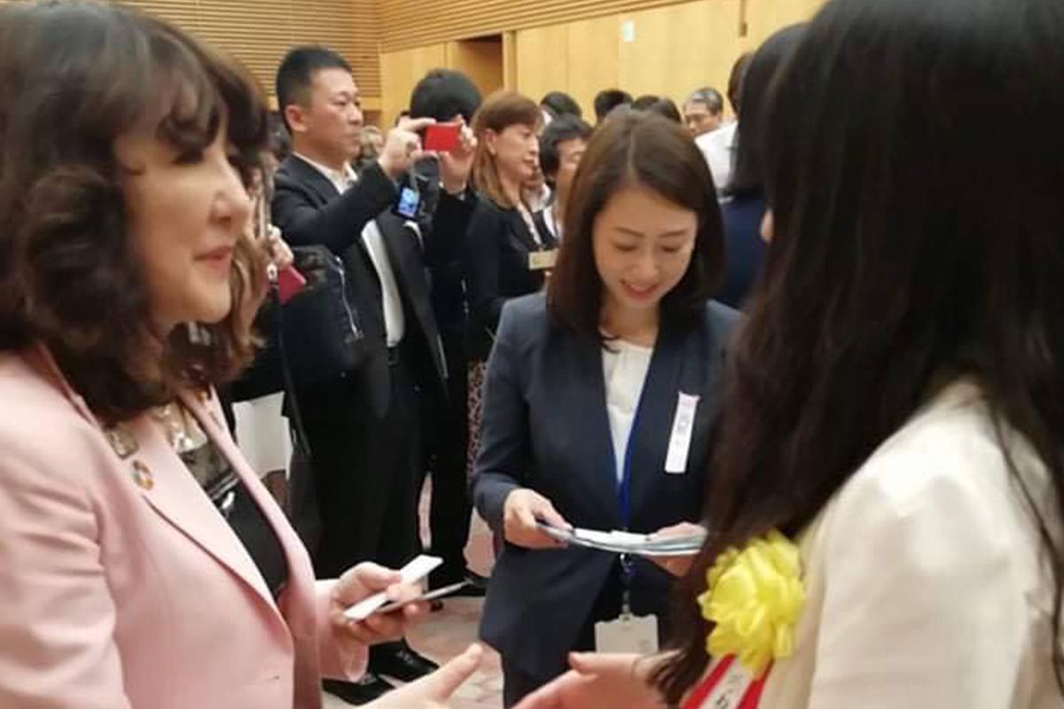 株式会社ブルーコンパス 取締役 小林コトミが内閣府「女性のチャレンジ賞特別部門賞」を受賞しました